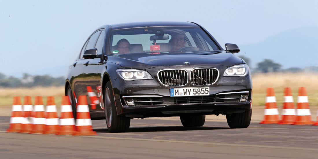 BMW 750Li, Beschleunigung