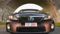 Lexus CT200h Front