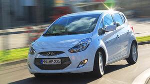 0111, ams 25/2010, Hyundai ix20 Blue 1.6 Comfort