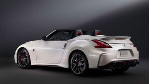 02/2015 Nissan 370Z NISMO Roadster Concept