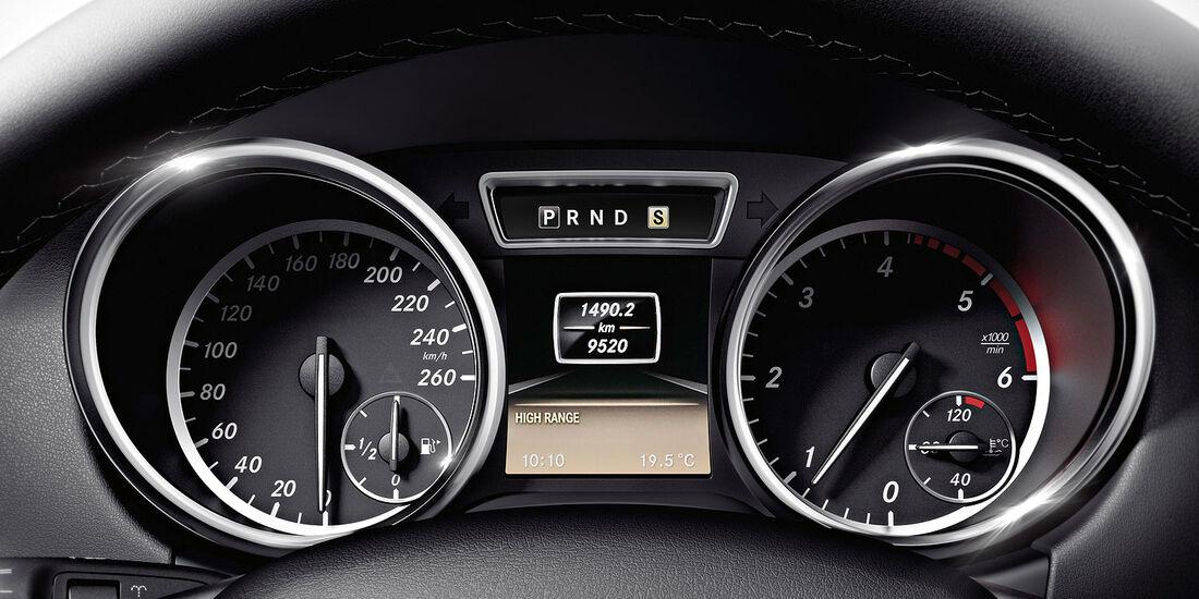 04/2012, Mercedes G-Klasse, Instrumente