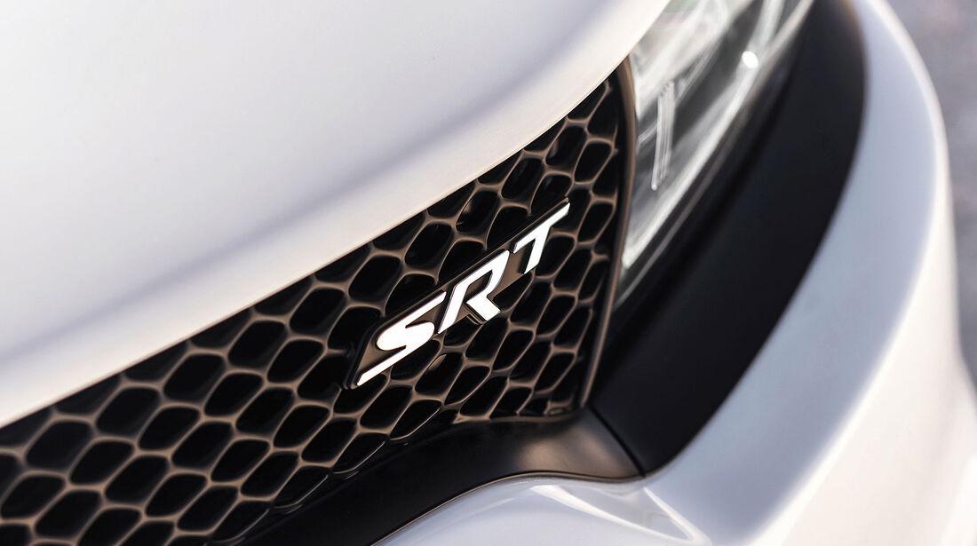 08/2014, Dodge Charger SRT Hellcat