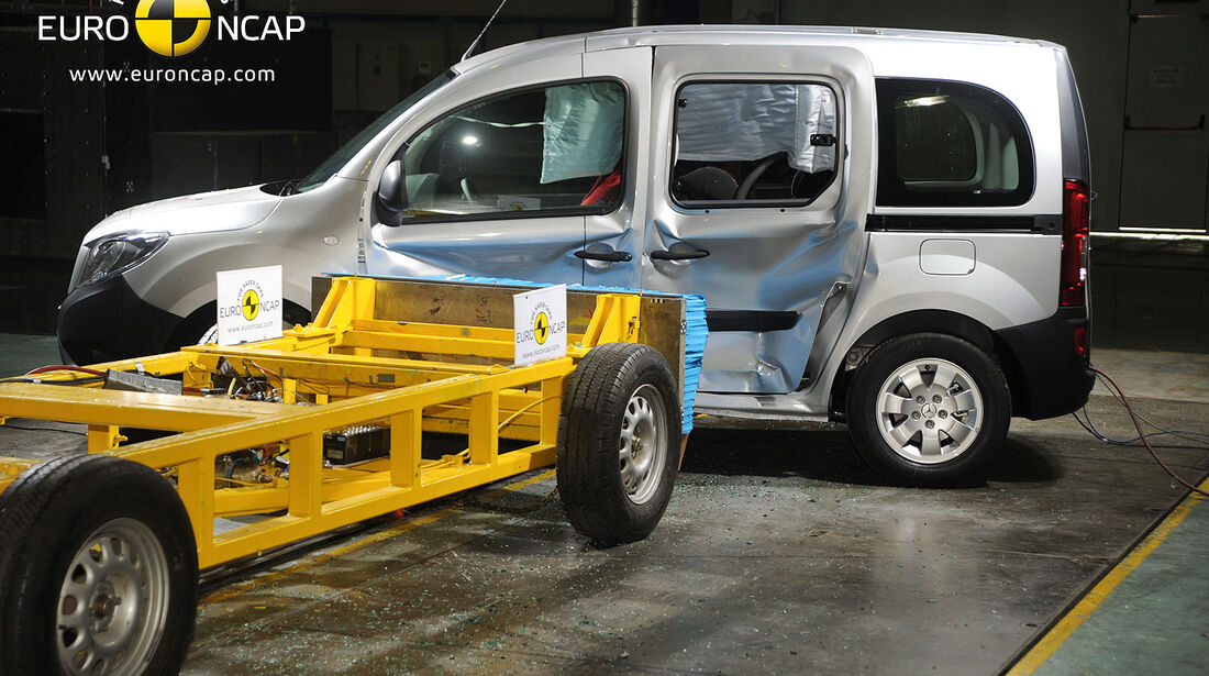 11/2013, EuroNCAP-Crashtest, Mercedes Citan