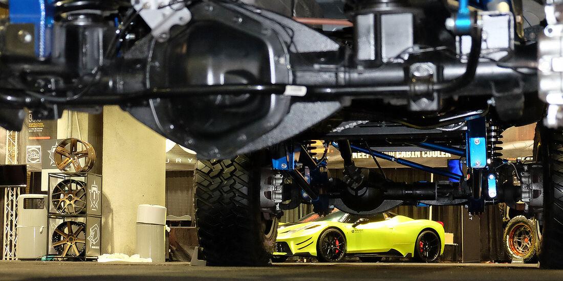 11/2016 Tuning Los Angeles Auto Show 2088
