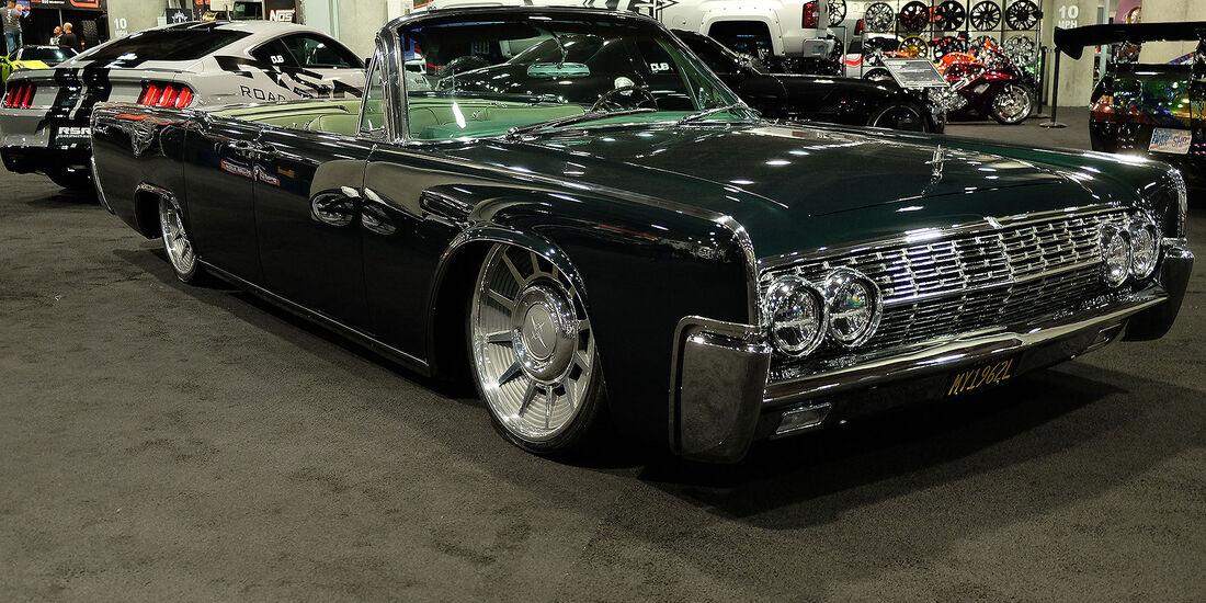 11/2016 Tuning Los Angeles Auto Show 2109