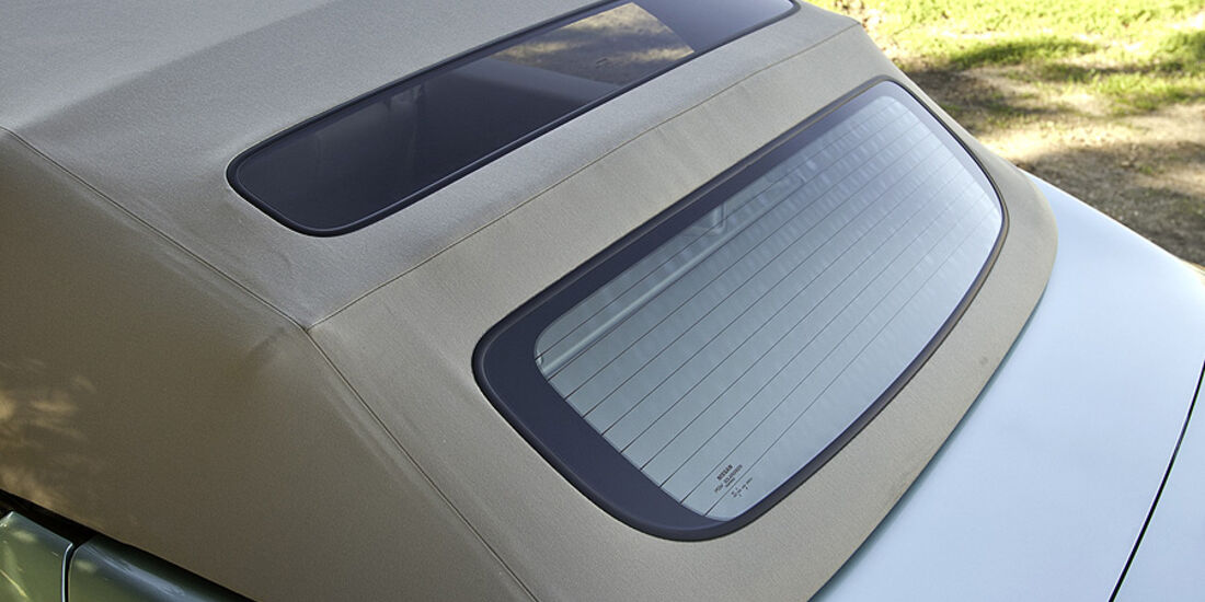 1110, Nissan Murano CC CrossCabriolet, Heckscheibe