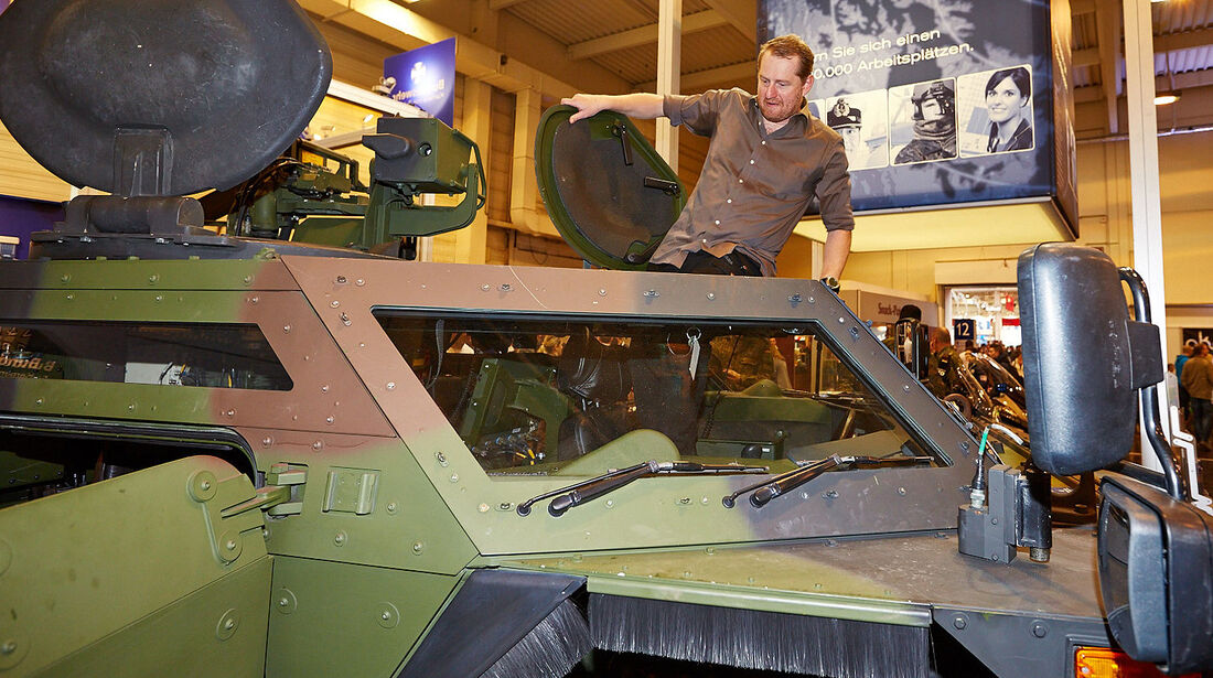 12/2013, Sitzprobe Spähpanzer Fennek Markus Stier Essen Motor Show
