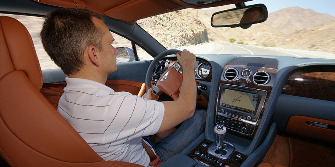 1210, Bentley Continental GT, Innenraum, Armaturenbrett