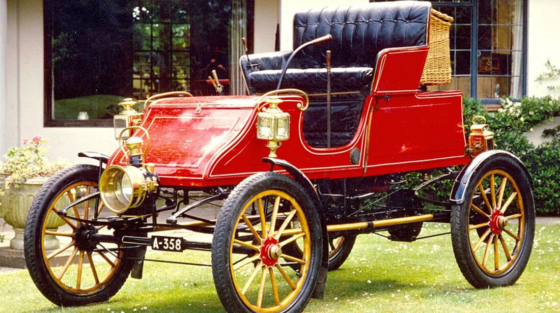 1904er Stanley CX 8hp Steam Runabout