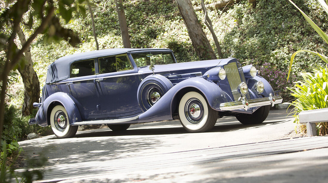 1937er Packard Twelve Cabriolet