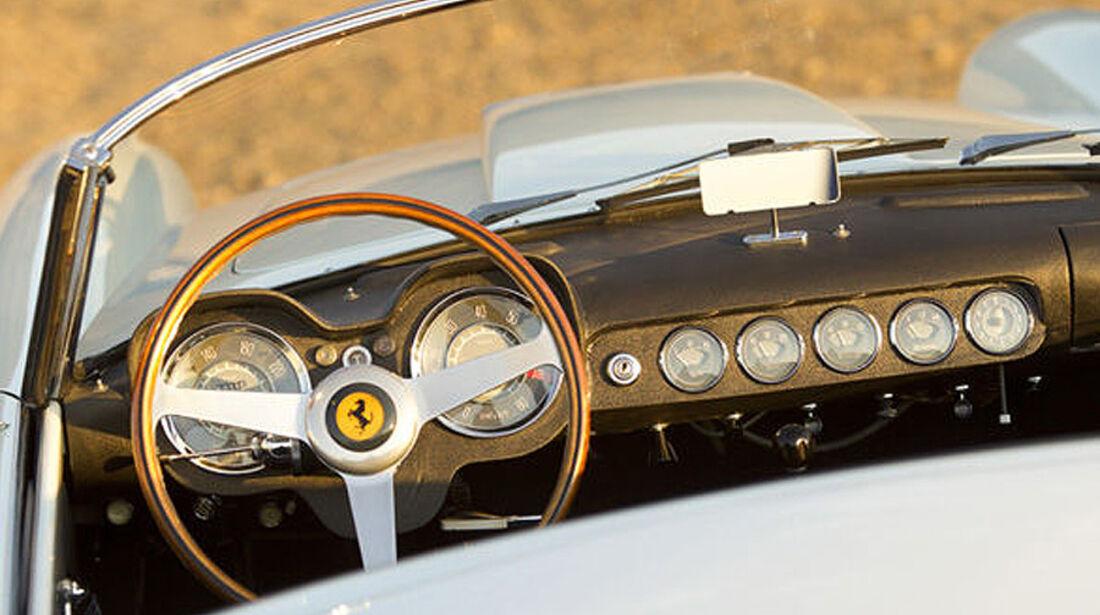 1959 Ferrari 250 GT LWB California Spider