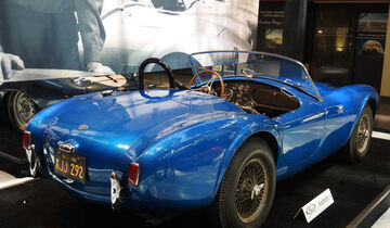 "1962 Shelby 260 Cobra ""CSX 2000"" - RM Sotheby's - Pebble Beach 2016 - Estimate"