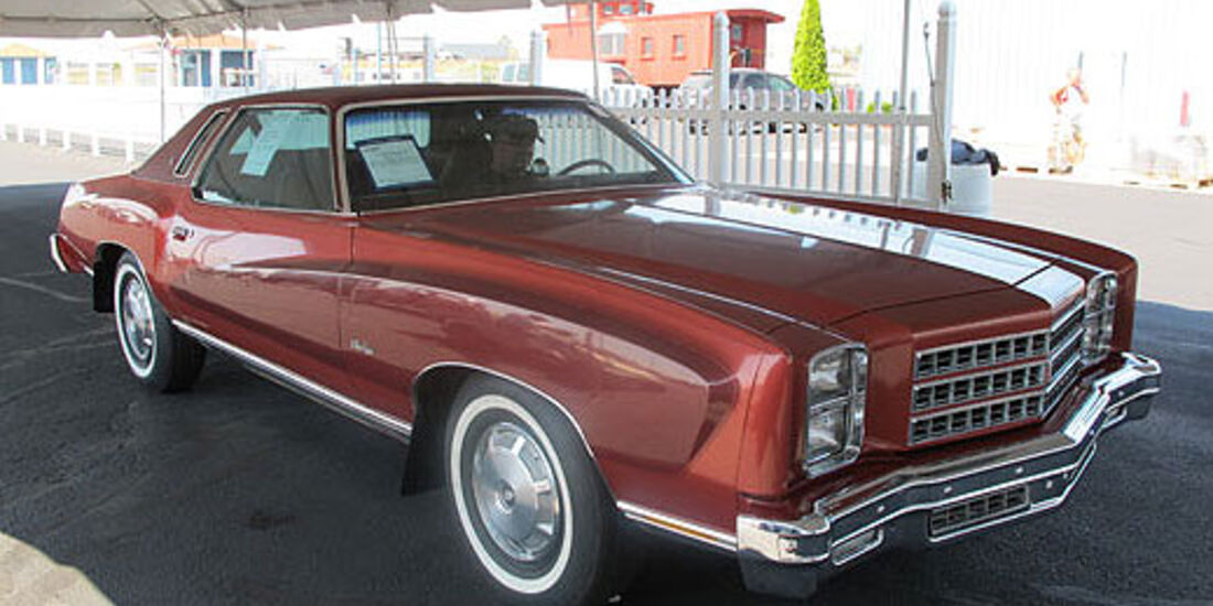 1976er Chevrolet Monte Carlo Two Door Hardtop