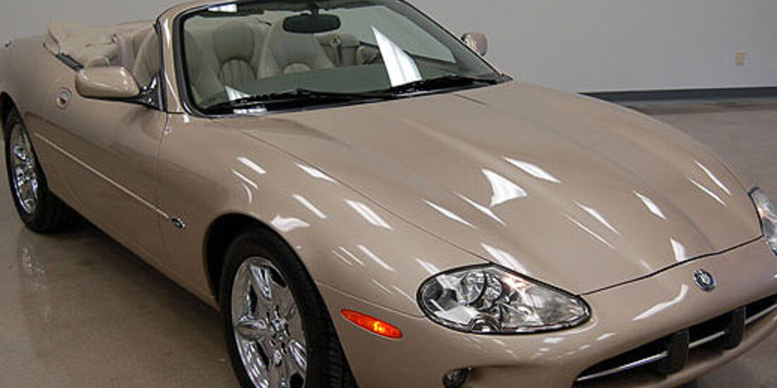 1999er Jaguar XK8 Convertible