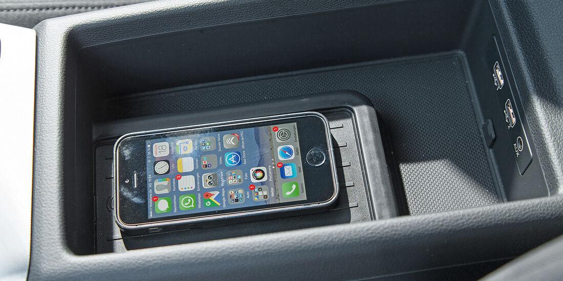A4 Avant 2.0 TDI, A6 Avant 2.0 TDI, Phone Box