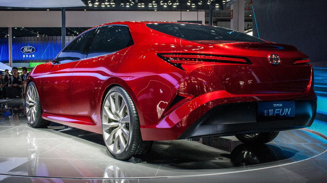 Abgefahrene Autos auf der Shanghai Auto Show 2031