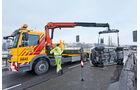 Abschleppwagen, Unfallauto