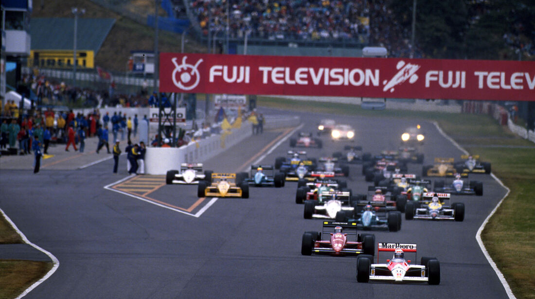 Alain Prost - McLaren MP4/4 - GP Japan 1988 - Start