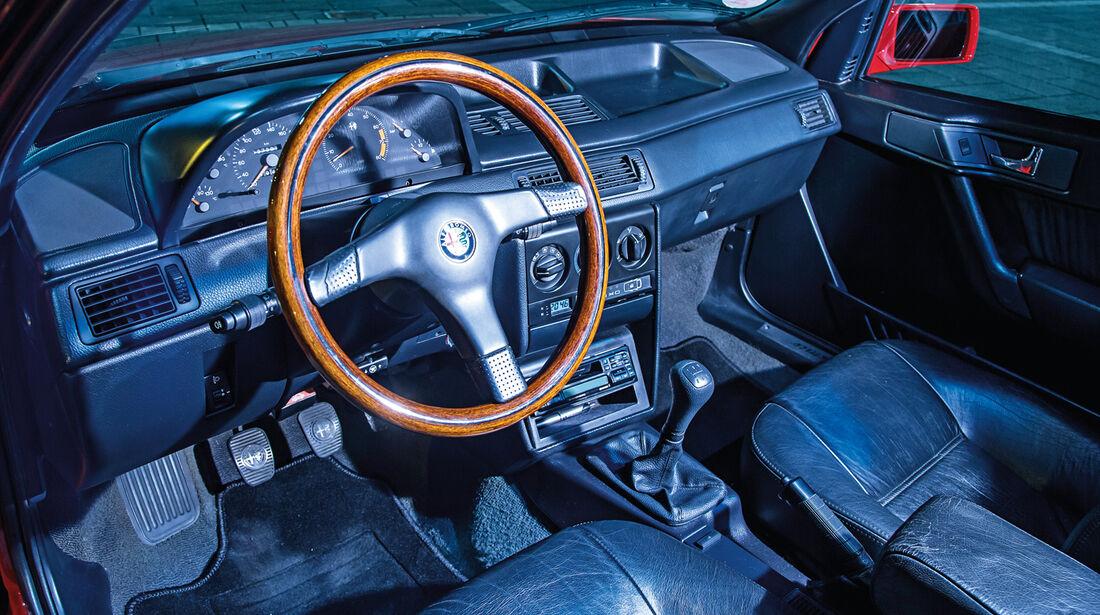 Alfa Romeo 155 2.0 Twin Spark, Cockpit