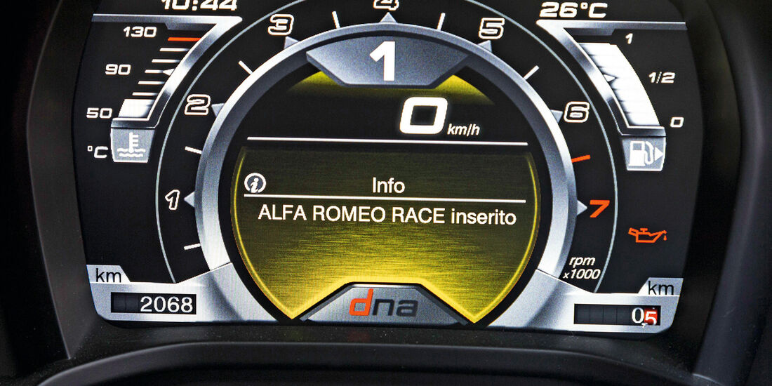 Alfa Romeo 4C, Display, Programme