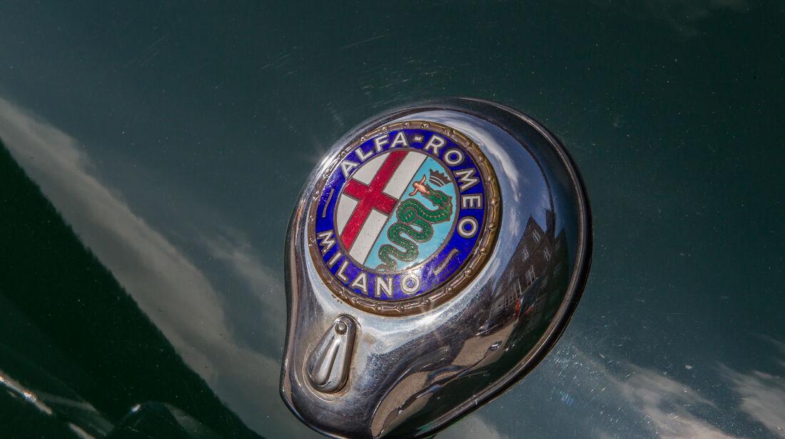 Alfa Romeo Giulia 1600 Spider, Firmenempblem