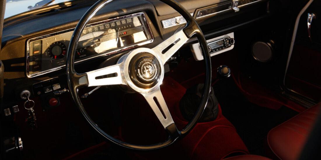 Alfa Romeo Giulia, Cockpit, Lenkrad