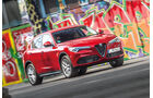 Alfa Romeo Stelvio 2.0 Turbo Q4 First Edition, Front