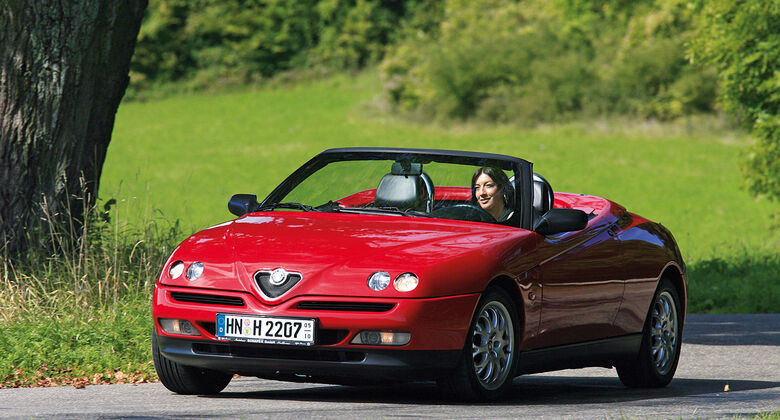 alfa romeo spider typ 916 news auto motor und sport. Black Bedroom Furniture Sets. Home Design Ideas