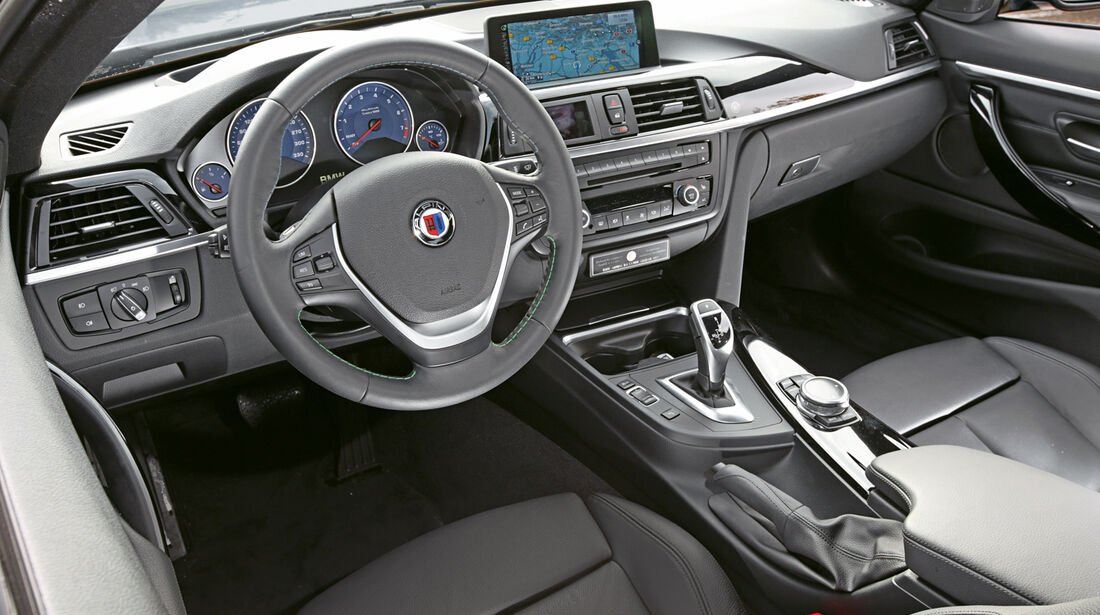 Alpina B4 Biturbo Coupé Allrad, Cockpit