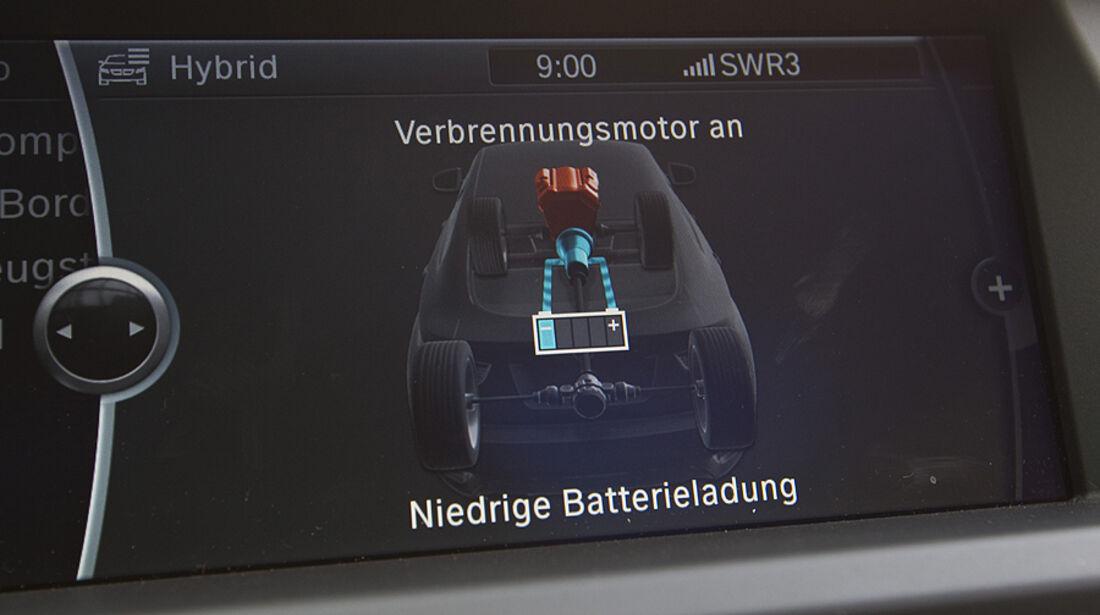 Anzeige für den Hybridstatus im BMW Active Hybrid X6