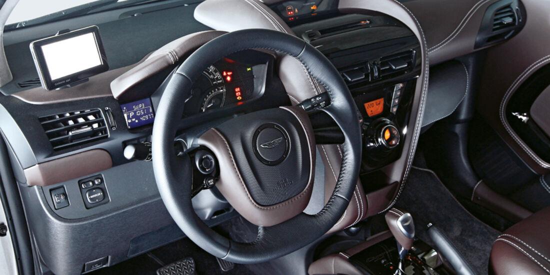 Aston Martin Cygnet, Cockpit