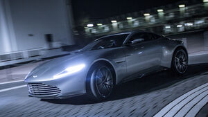 Aston Martin DB5, Aston Martin DB10, James Bond, Impression