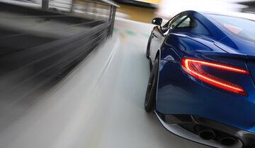 Aston Martin V12 Vanquish S, Heckleuchte