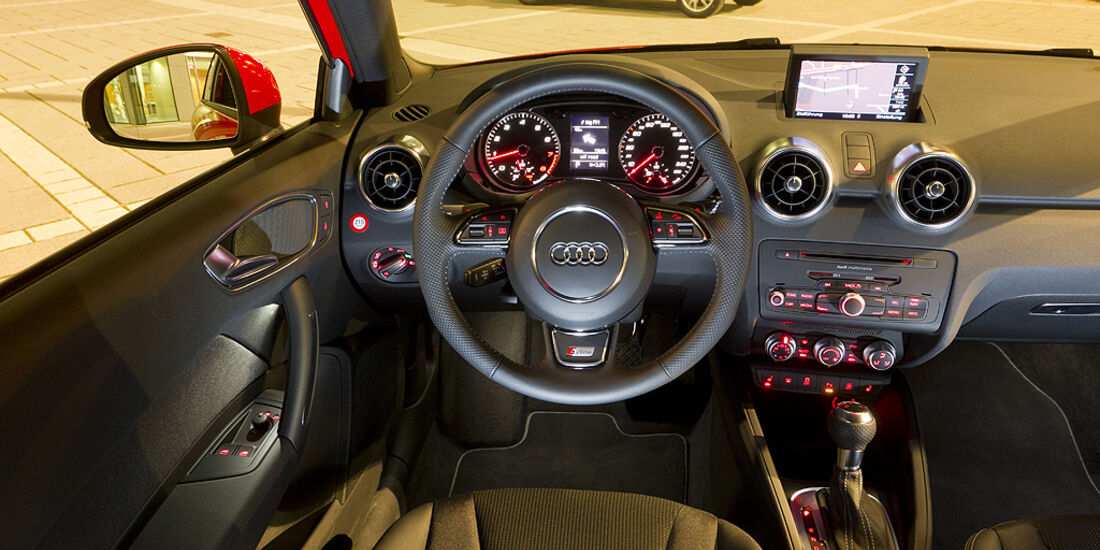 Audi A1, Innenraum, Cockpit