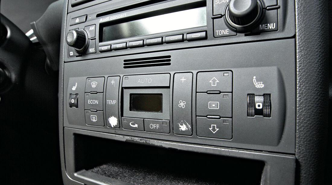 Audi A2 1.4, Mittelkonsole