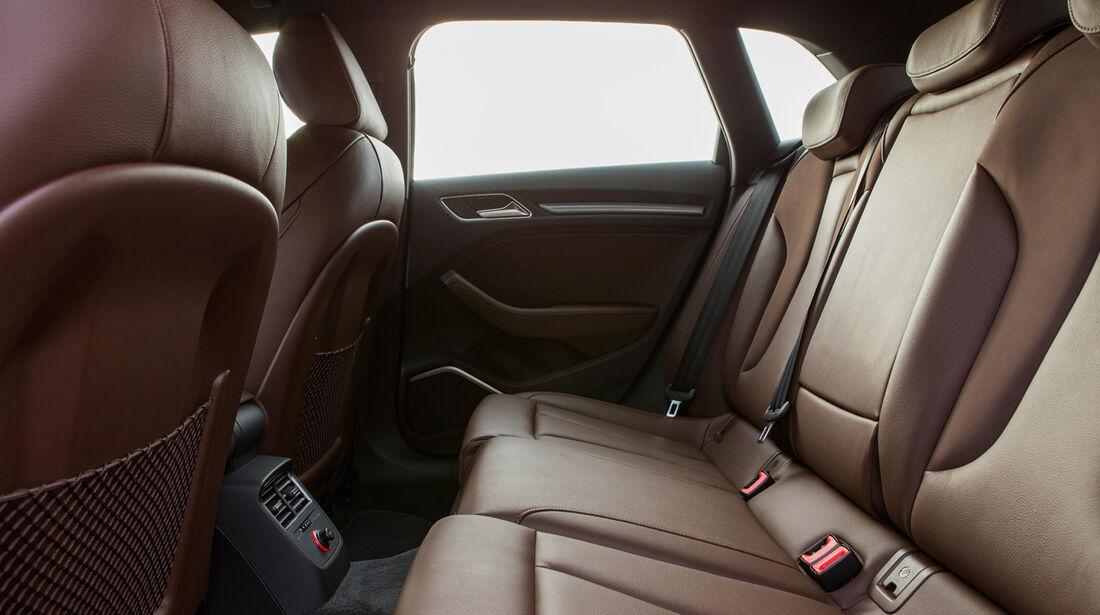 Audi A3 Sportback, Rücksitz, Beinfreiheit
