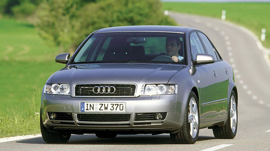 Audi A4, E10