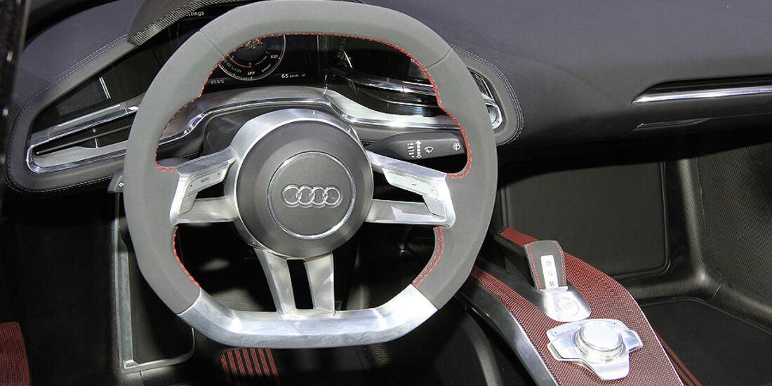 Audi Etron Spyder, Lenkrad