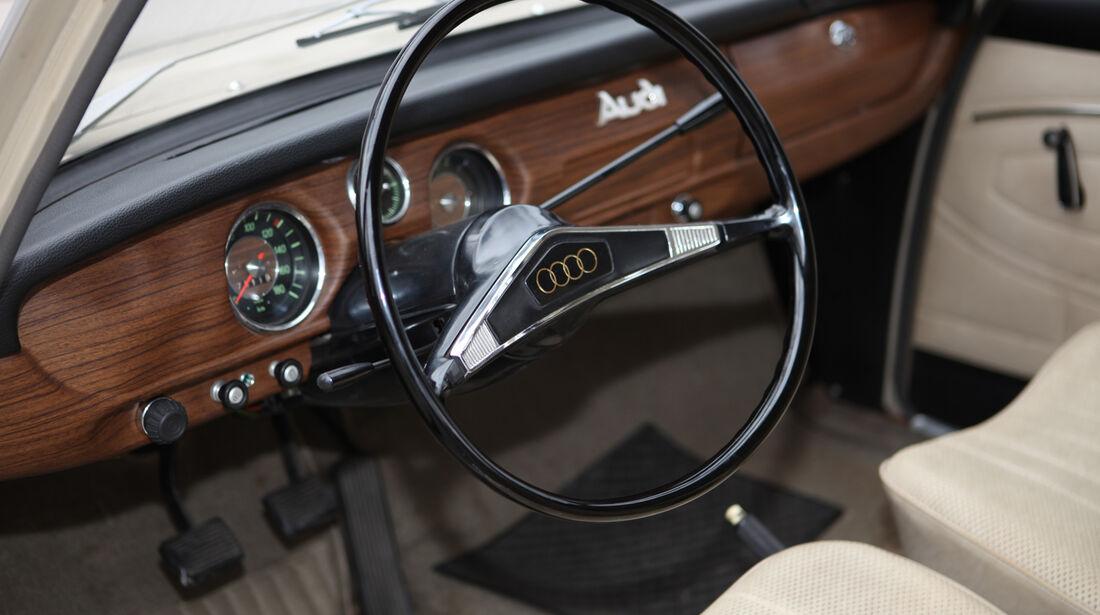 Audi L, Cockpit, Lenkrad