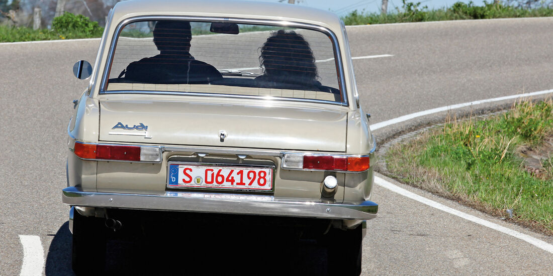 Audi L, Heck