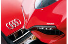 Audi R8 5.2 FSI, Ducati 1199 Panigale S, Emblem