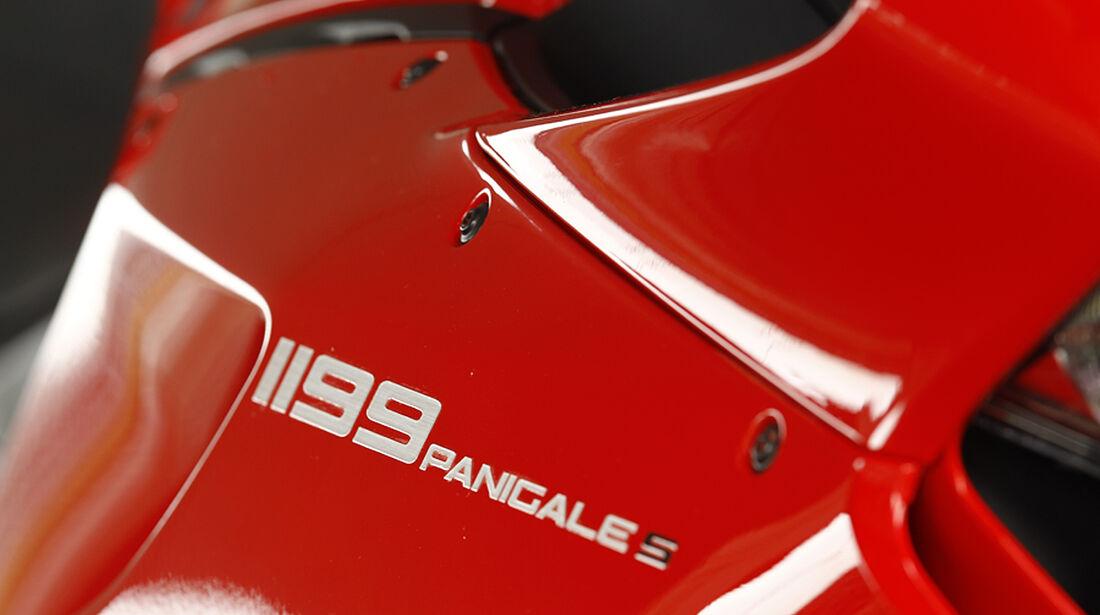 Audi R8 5.2 FSI, Ducati 1199 Panigale S