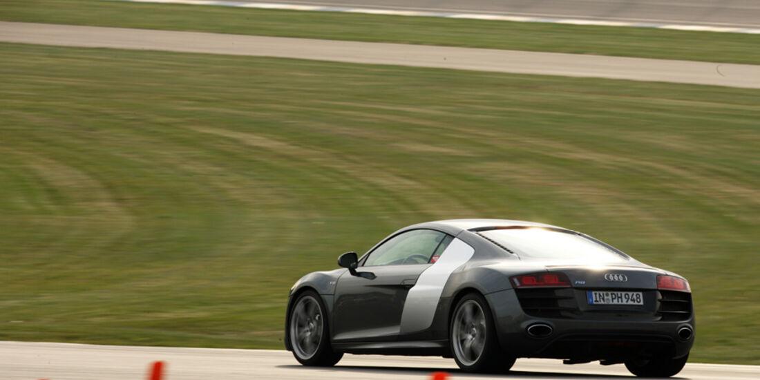 Audi R8, Beschleunigung
