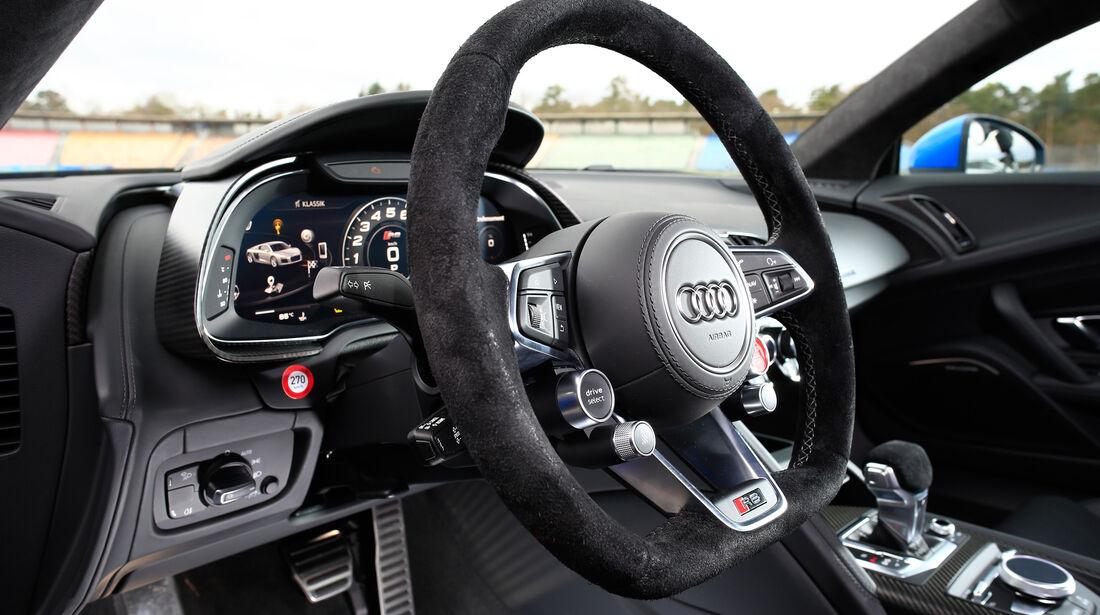 Audi R8 V10, Audi R8 5.2 FSI Quattro, Lenkrad