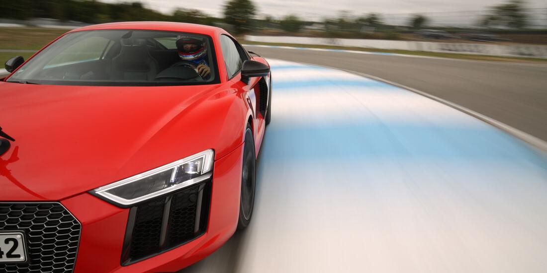 Audi R8 V10 Plus, Seitenführung