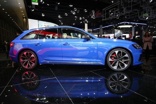 Audi RS 4 Avant B9, Audi A4 B9