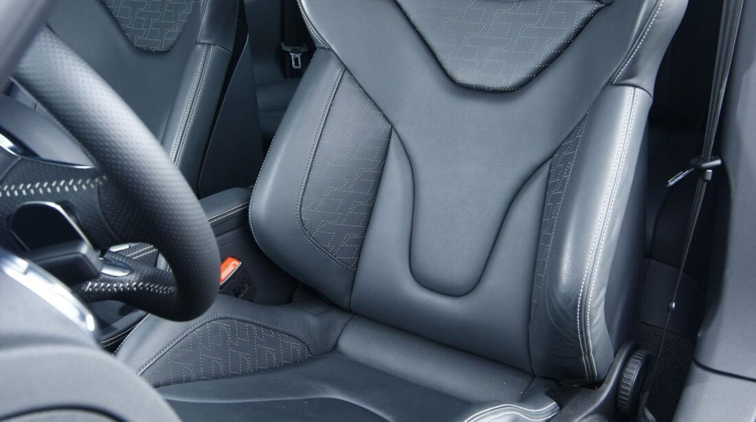 Audi TT RS S tronic, Sitz