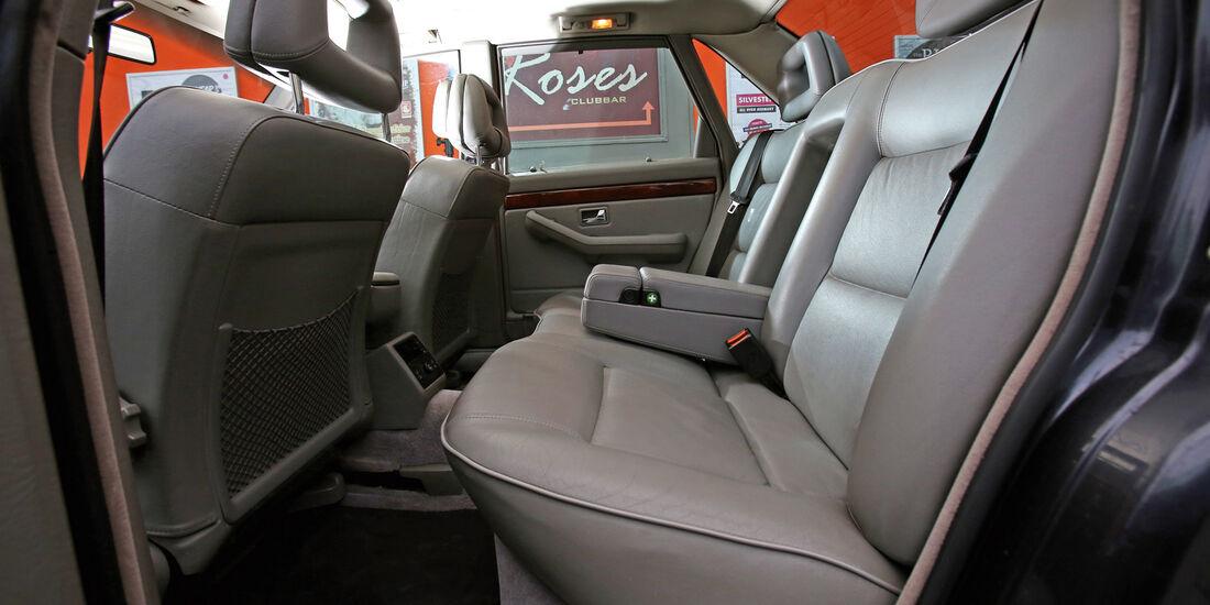 Audi V8, Fondsitz, Beinfreiheit
