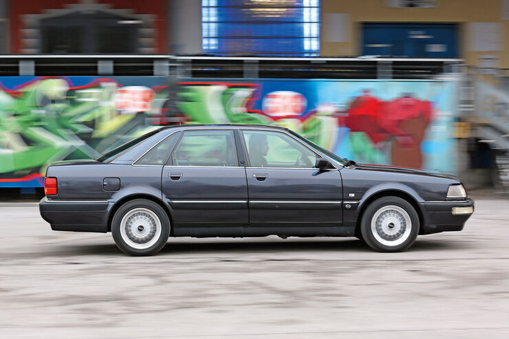 Audi V8, Typ 4C, 1988–1994, Seitenansicht