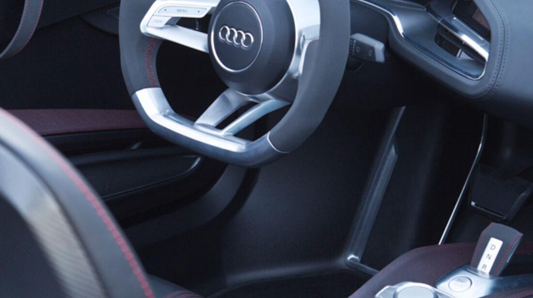 Audi e-tron Spyder, Cockpit